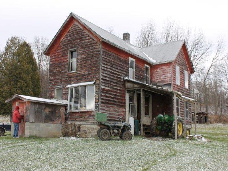 63 Acres Farmhouse Barn Views : Palatine : Montgomery County : New York