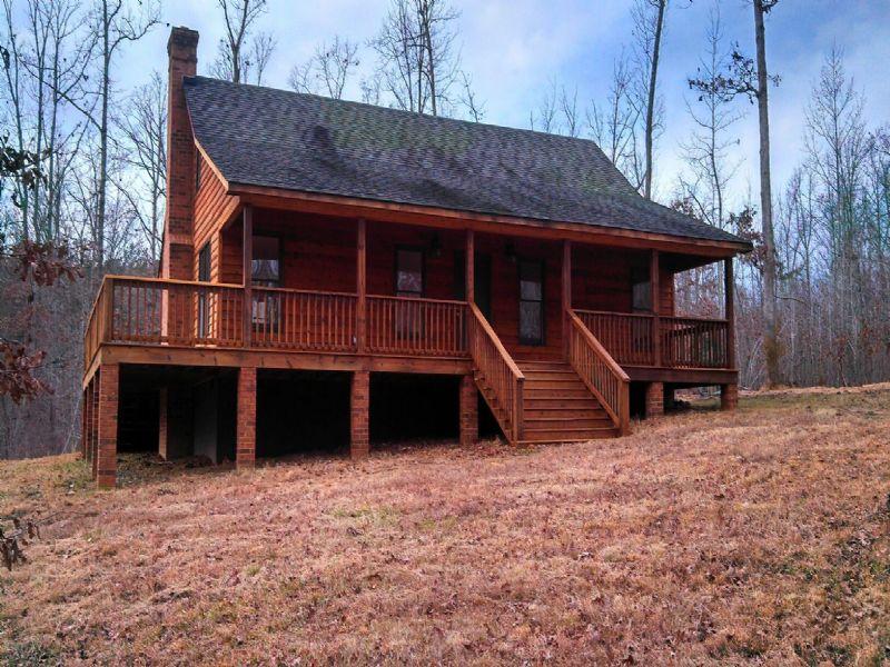 Oak Forest Cabin : Cumberland : Cumberland County : Virginia