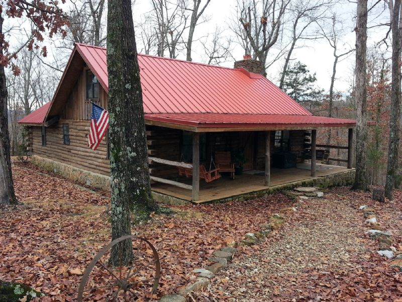 Exceptional Log Home On 22+ Acres : Mountain View : Stone County : Arkansas