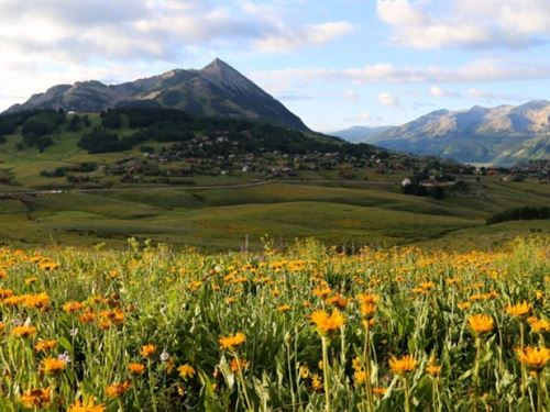 Promontory Ranch : Mount Crested Butte : Gunnison County : Colorado