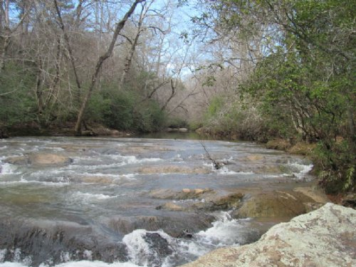 25.96 Secluded Acres Along Creek : Gaffney : Cherokee County : South Carolina