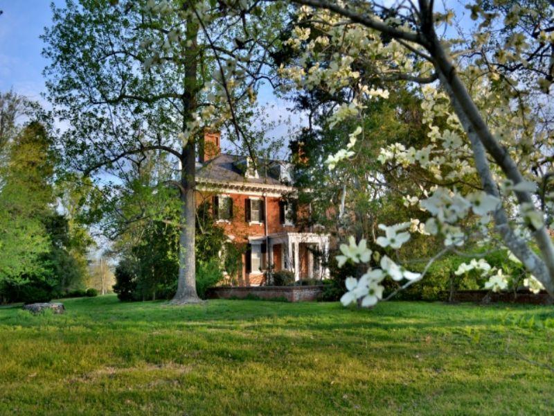 Historic Cobham Park : Keswick : Albemarle County : Virginia
