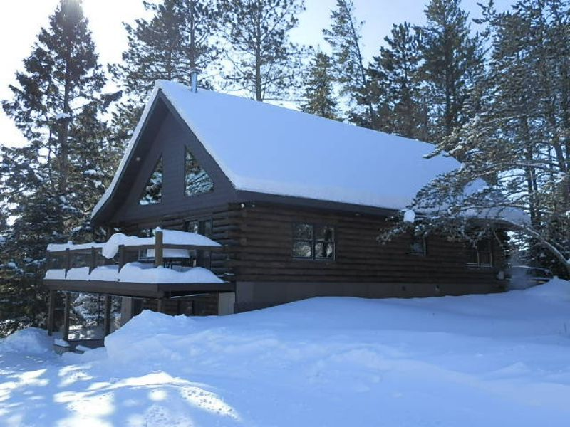 Full Log Home On 10 Ac In Fifield : Fifield : Price County : Wisconsin