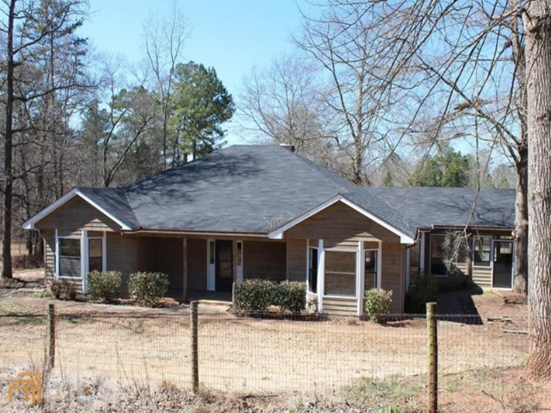 Remodeled Horse Estate W Barn/pool : Monroe : Walton County : Georgia