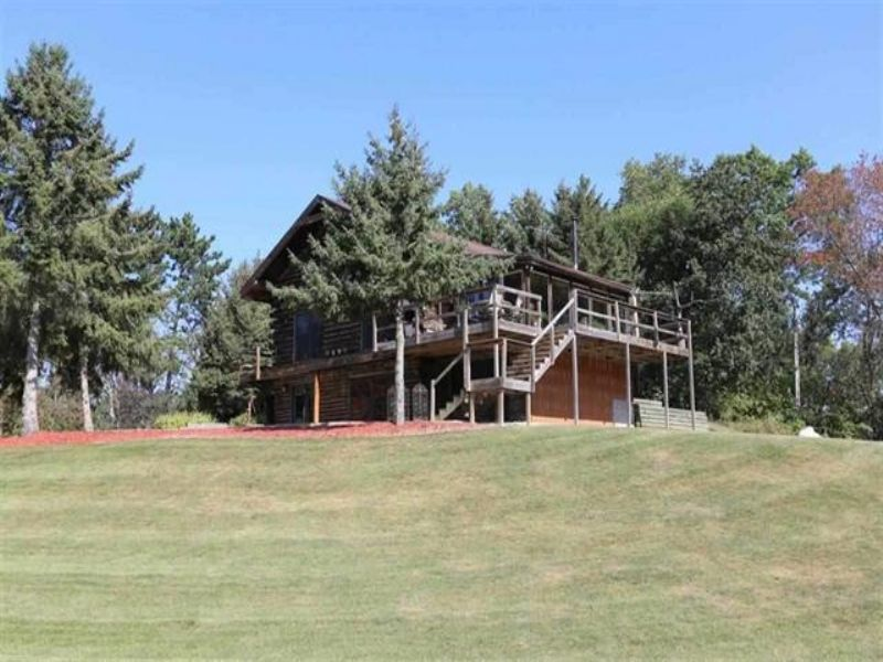 20 Acre Private Setting W/log Home : Verona : Dane County : Wisconsin
