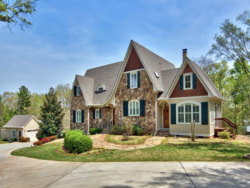 Aged Heart Pine, Reclaimed Doors : Greensboro : Greene County : Georgia