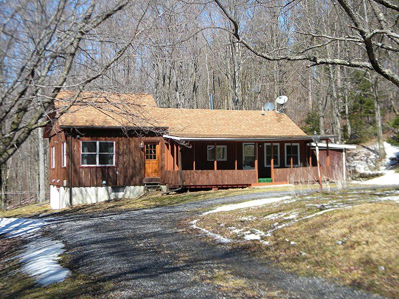 Home On 59 Acres : Beaver Dams : Schuyler County : New York