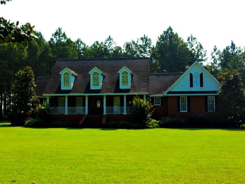 11 +/- Acres & Home : Cobbtown : Tattnall County : Georgia