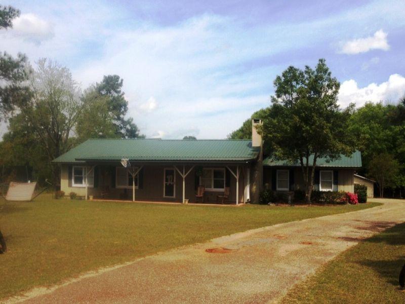 3 Br/2ba Home With 23 +/- Ac : Troy : Pike County : Alabama