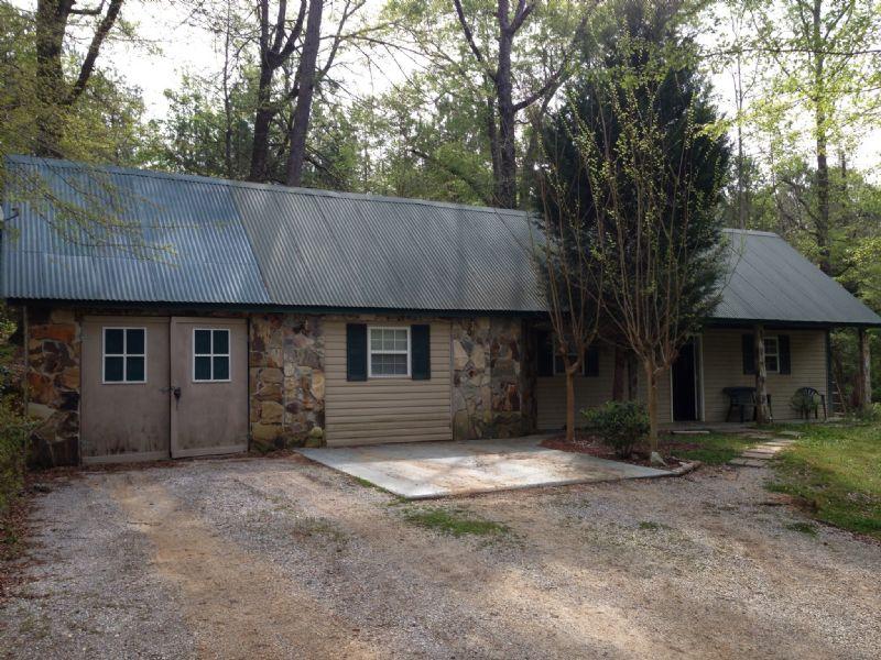 2 Houses On 20 +/- Ac : Highland Home : Crenshaw County : Alabama