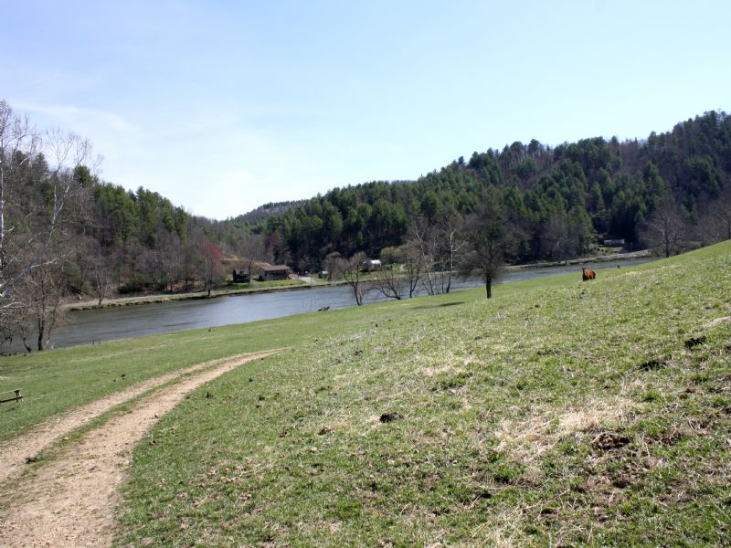 91.5 Acres In 2 Tax Parcels : Fries : Grayson County : Virginia