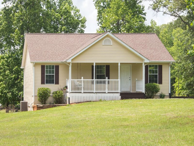 Updated Ranch On 5 Acres : Rutledge : Morgan County : Georgia