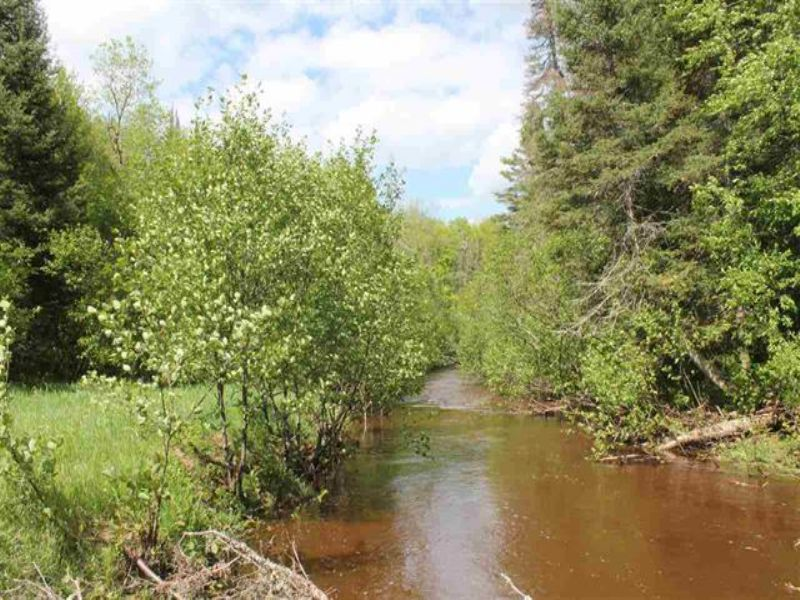 9692 N Laird Rd, Mls# 1080367 : Pelkie : Houghton County : Michigan