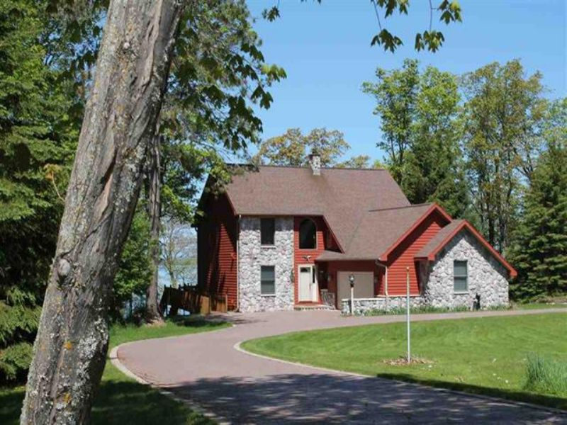 13794 & 13789 Ford Dr, Mls# 1080813 : Lanse : Baraga County : Michigan
