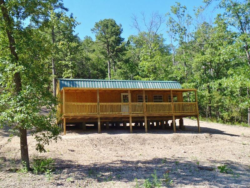 Potato Hills Cabin : Clayton : Pushmataha County : Oklahoma