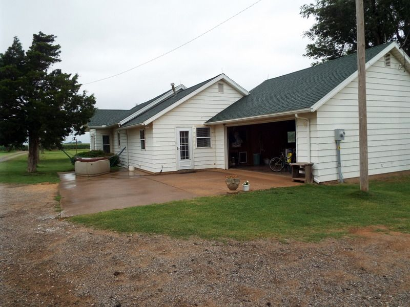 Beautiful Home- 16 Acres- Pond : Enid : Garfield County : Oklahoma