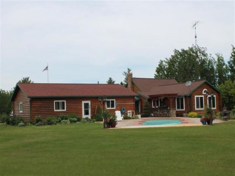1790 9th Rd, Mls# 1081065 : Bark River : Delta County : Michigan