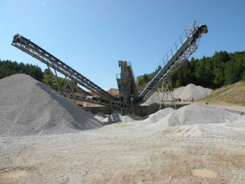 Income Producing Rock Quarry : Bismarck : Hot Spring County : Arkansas