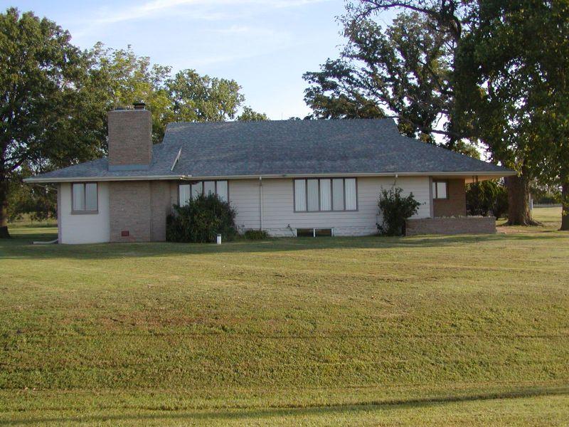 10812 E. Illinois Ave : Hutchinson : Reno County : Kansas