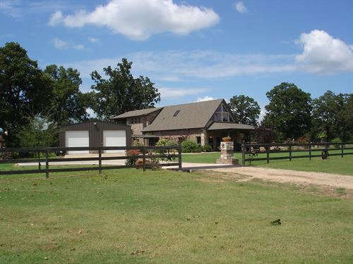 Private Country Home On 52 Acres : Blossom : Lamar County : Texas