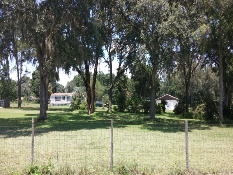 Two Country Homes On 9.4 Acres : Brooksville : Hernando County : Florida