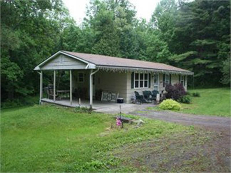16 +/- Acre Ranch Home Auction : Muncy : Lycoming County : Pennsylvania