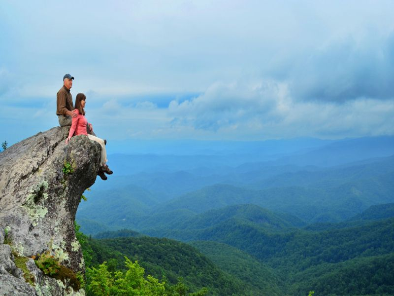 Linville Gorge Mountain Living : Little Switzerland : McDowell County : North Carolina