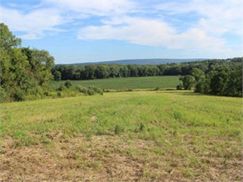 75 Acre Ranch Home, Farmland : Milton : Montour County : Pennsylvania