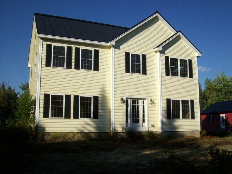 Edinburg Colonial On 127 Acres : Edinburg : Penobscot County : Maine