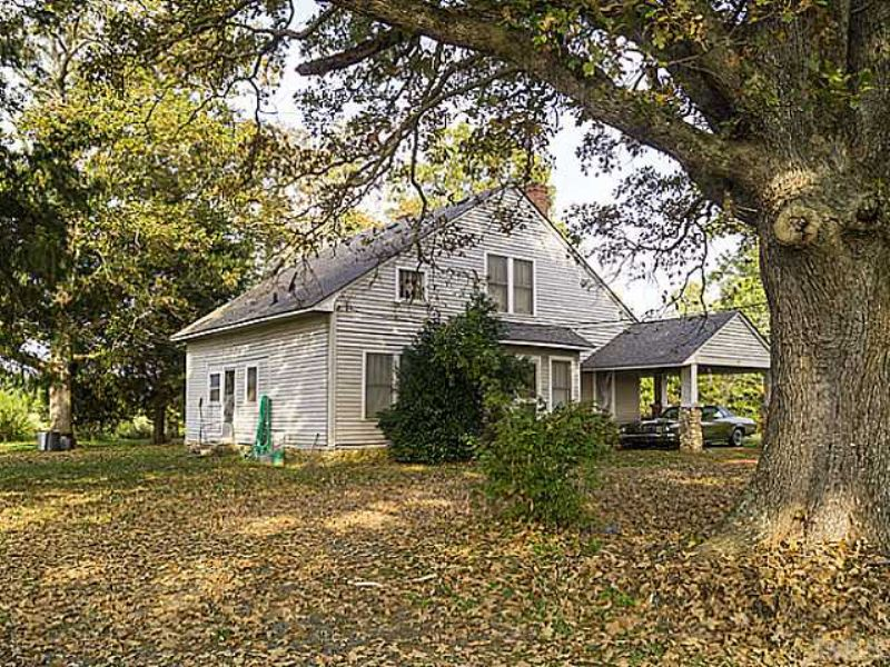 76 Acres Riverfront Home & Farm : Siler City : Chatham County : North Carolina