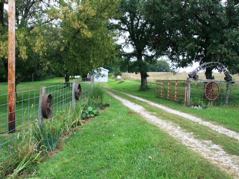 50 Acre Combination Farm : Milan : Sullivan County : Missouri