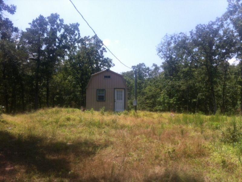 9.94 Acre Creek Lot With Cabin : Clayton : Pushmataha County : Oklahoma