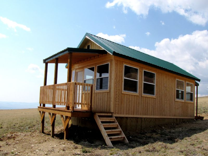 Small Cabin Next To Public Land : Belfry : Carbon County : Montana