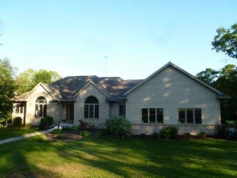 Private Country Getaway On 40 Acres : Mount Horeb : Dane County : Wisconsin