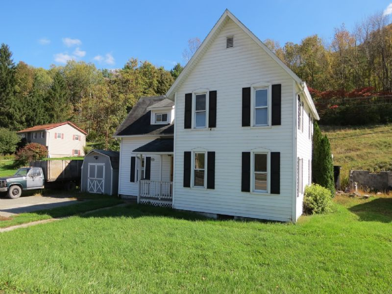 Absolute Auction: Homes/land/garage : Wellsboro : Tioga County : Pennsylvania
