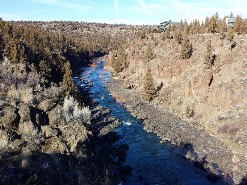 Deschutes Riverfront Acreage : Redmond : Deschutes County : Oregon