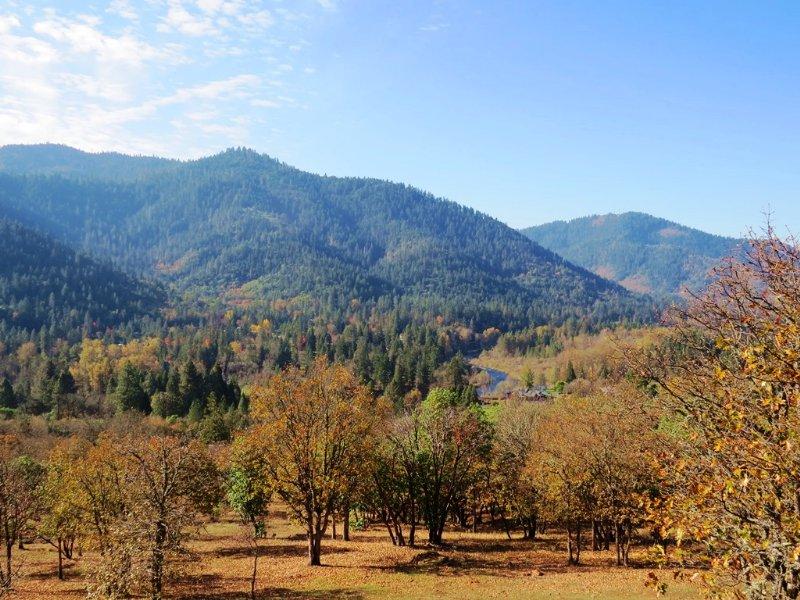 4386 Foothill Blvd : Grants Pass : Josephine County : Oregon