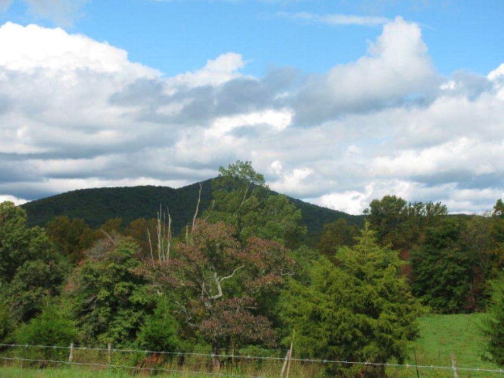 Beautiful Farm : Penhook : Pittsylvania County : Virginia