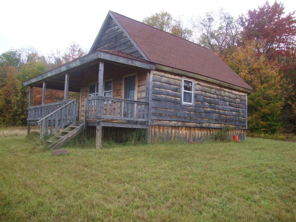 Cabin Tug Hill Region Near State : Florence : Oneida County : New York