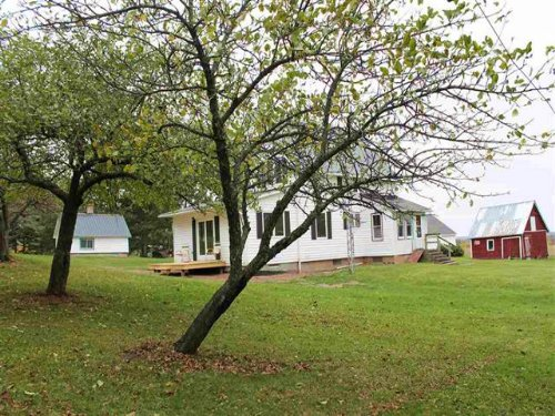 24625 Coppler Rd, Mls# 1083820 : Watton : Baraga County : Michigan