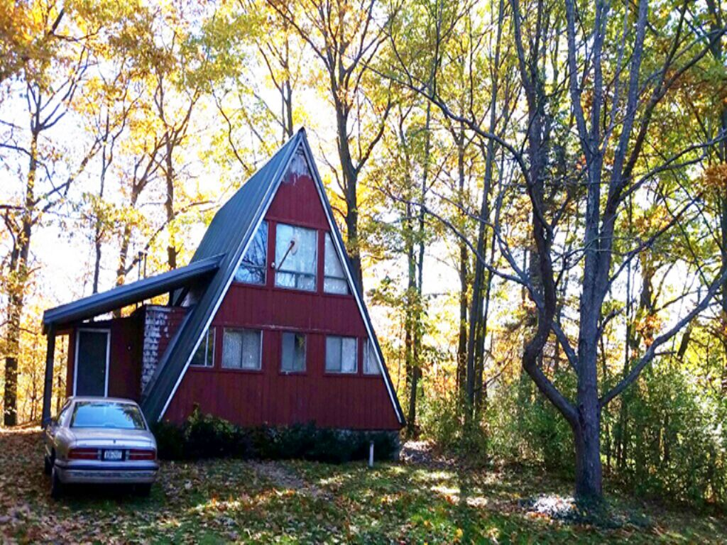 River Front Cottage Great Fishing : Mexico : Oswego County : New York