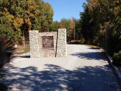 Lot 139 6.6 Acres In Indian Lake : Cedar Grove : Carroll County : Tennessee