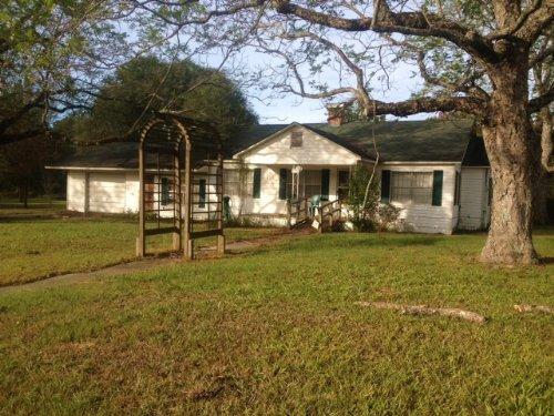 114 Acres & 3br/2ba Home : Elba : Coffee County : Alabama