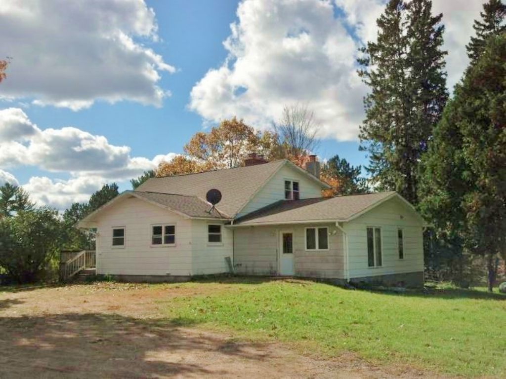 Grandmother Flowage 2 Story Home : Bradley : Lincoln County : Wisconsin