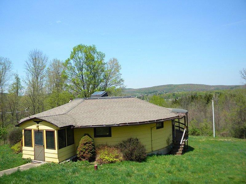 House 3 Car Garage Views Hunting : Friendship : Allegany County : New York