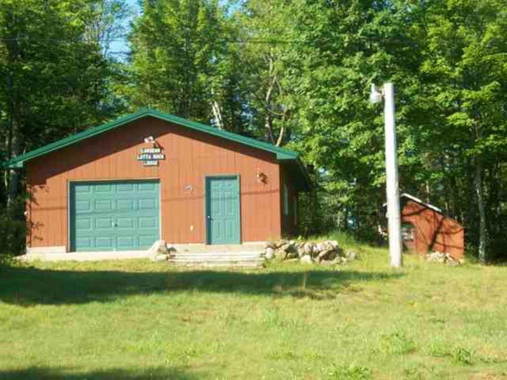 3028 S Granite Lake Rd Mls#1084374 : Republic : Marquette County : Michigan