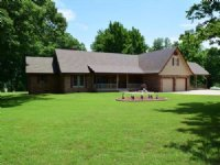 4 Bedroom Home On  416 M/l Acres