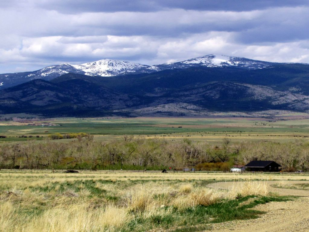 5 Acres With Power Owner Financing : Boulder : Jefferson County : Montana