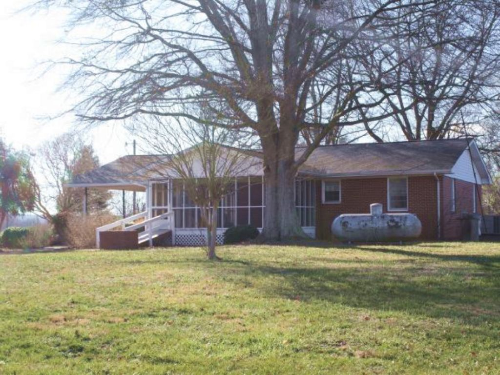 Online Auction Farmhouse & 37 Acres : Bowdon : Carroll County : Georgia