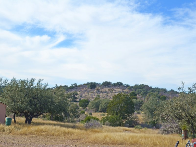 Robinson Ranch 250 Acres : Rocksprings : Edwards County : Texas